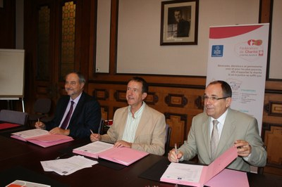 20140904 signature convention EDF ES Caritas (7)